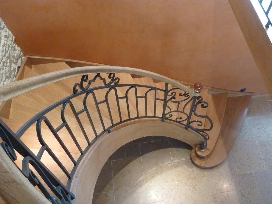 Rampes sur escalier bois débillardée